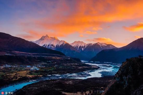 西藏曰喀则风景照片
